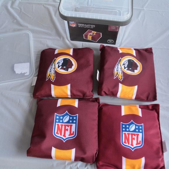Amazing Nfl Corn Hole Bean Bag Set Of 4 Redskins New Nwt Uwap Interior Chair Design Uwaporg